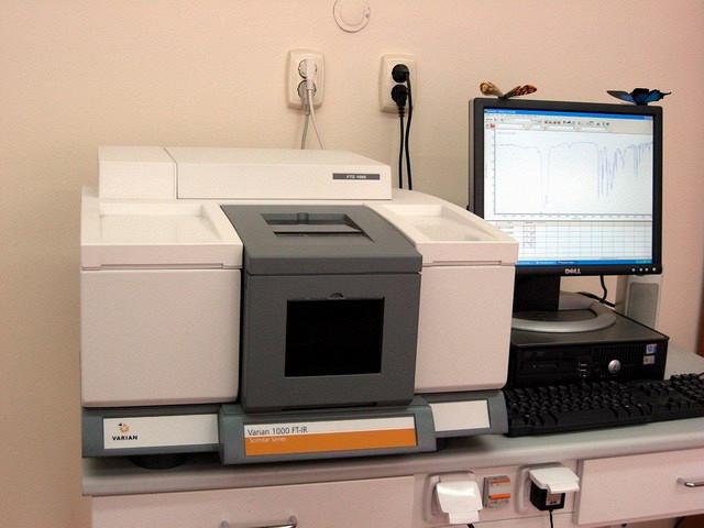Как проходит исследование полимеров посредством инфракрасной спектроскопии
