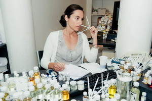 Химическая экспертиза косметики для волос